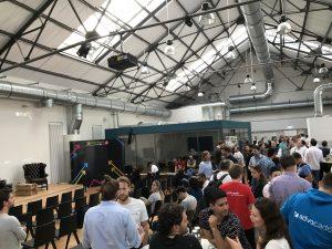 pitchpräsentation lawpilots auf der startupnight